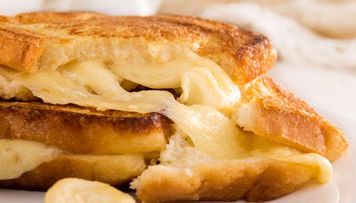 mozzarella in carrozza food lifestyle 1