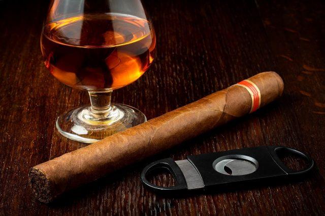 Cigar Club Terra di Bari food lifestyle