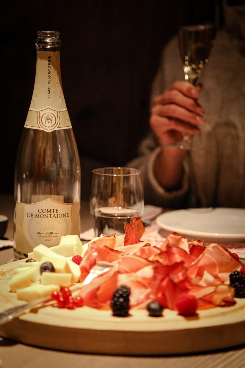 comte-de-montaigne-food-lifestyle-1