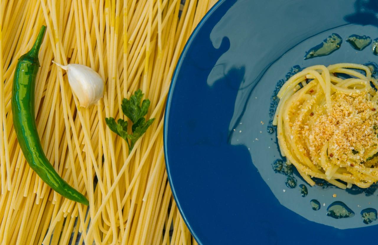Spaghetti Aglio, Olio, e Peperoncino in Guazzetto di Mare e Prezzemolo - Giï Martorana-foodlifestyle